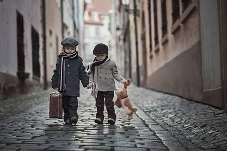 Tình bạn không phải là chuyện đáng hay không đáng