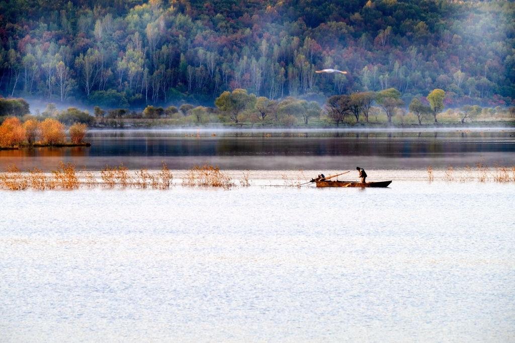 phân tích câu cá mùa thu